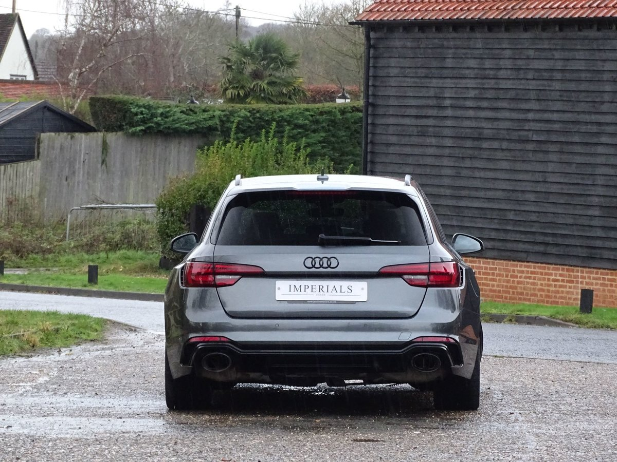 2019 Audi RS4 AVANT SOLD (picture 11 of 20)