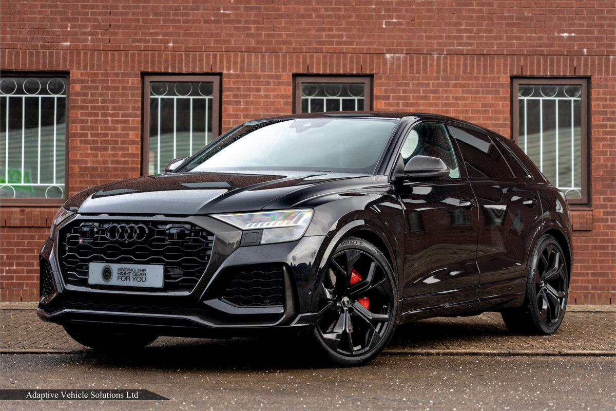 2020 Save £5000 Off Audi RS Q8 Carbon Black - Pan Roof For Sale (picture 1 of 12)