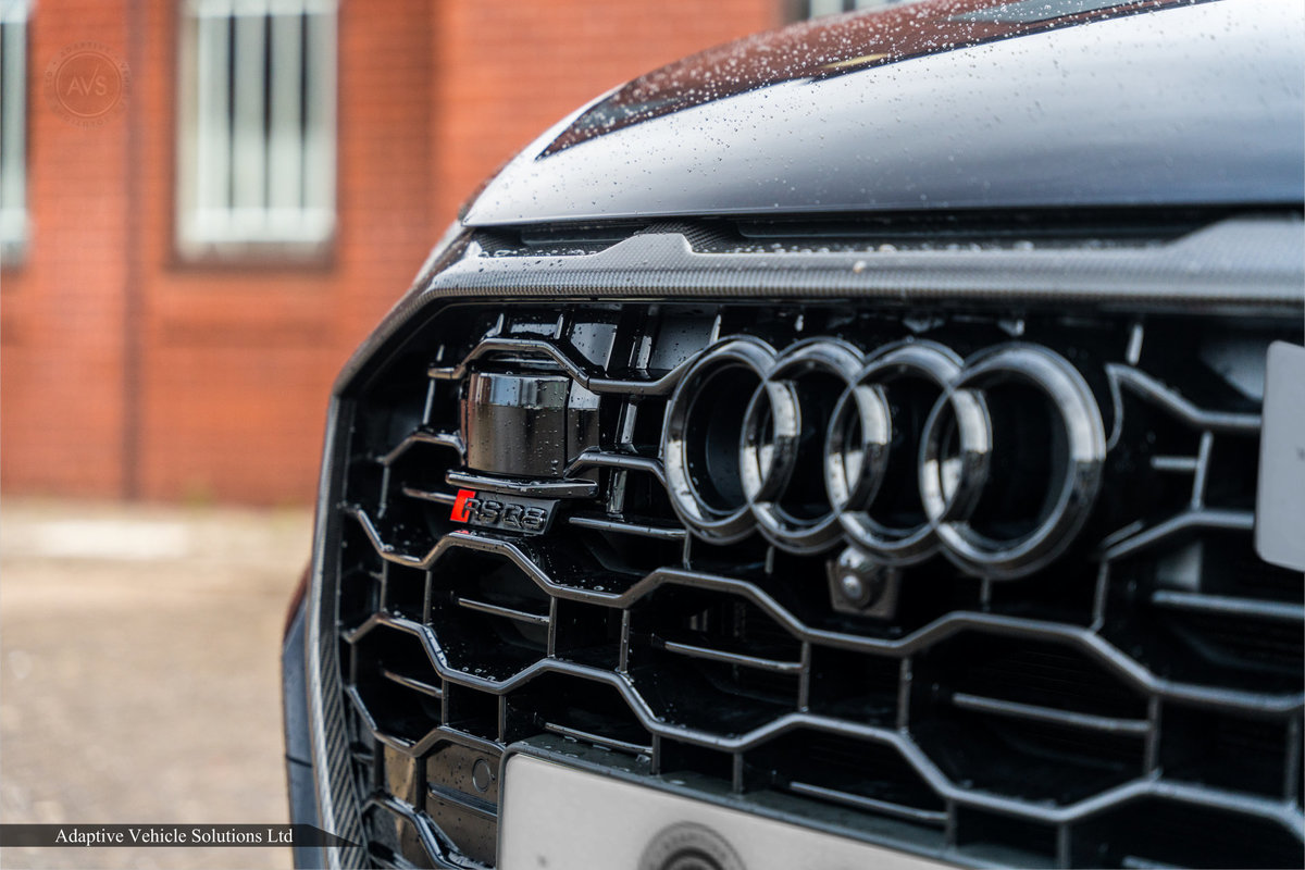 2020 Save £5000 Off Audi RS Q8 Carbon Black - Pan Roof For Sale (picture 10 of 12)