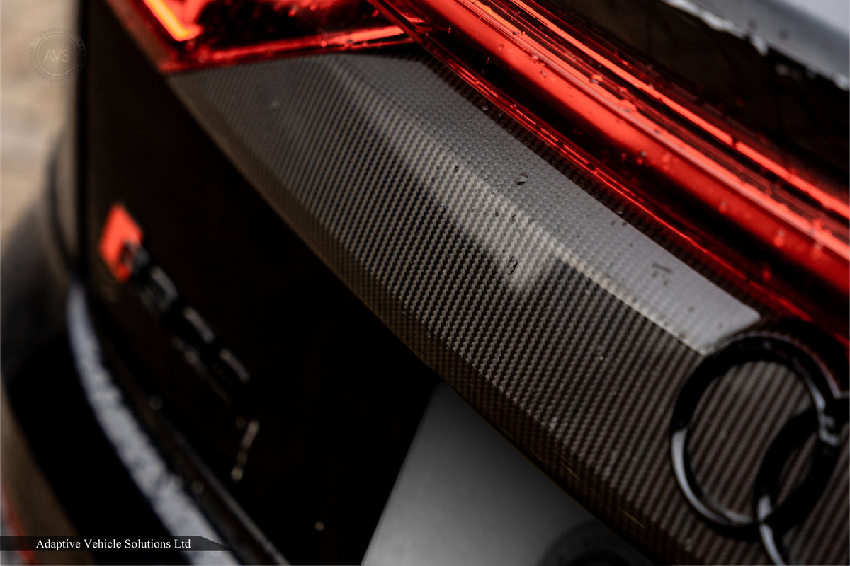2020 Save £5000 Off Audi RS Q8 Carbon Black - Pan Roof For Sale (picture 11 of 12)