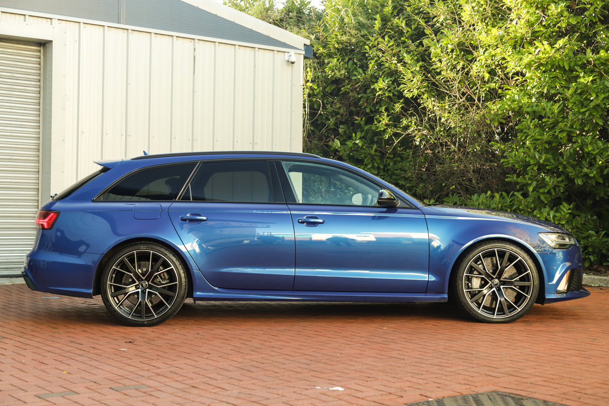 2017 Audi RS6 Performance - Ceramic Brakes & Dynamic Pack Plus For Sale (picture 2 of 25)