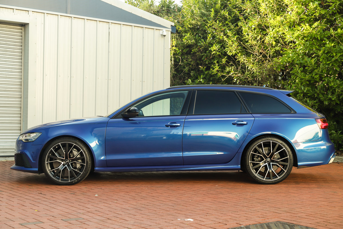 2017 Audi RS6 Performance - Ceramic Brakes & Dynamic Pack Plus For Sale (picture 6 of 25)