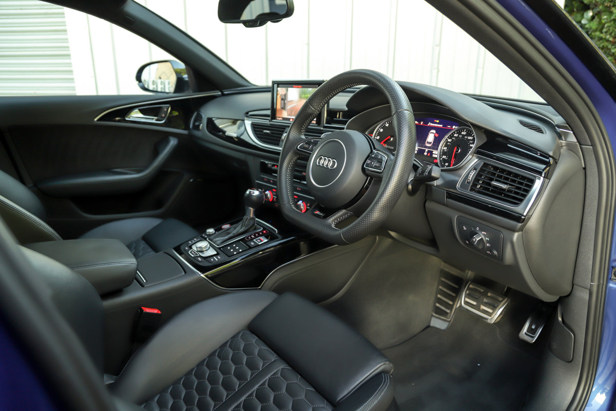 2017 Audi RS6 Performance - Ceramic Brakes & Dynamic Pack Plus For Sale (picture 19 of 25)