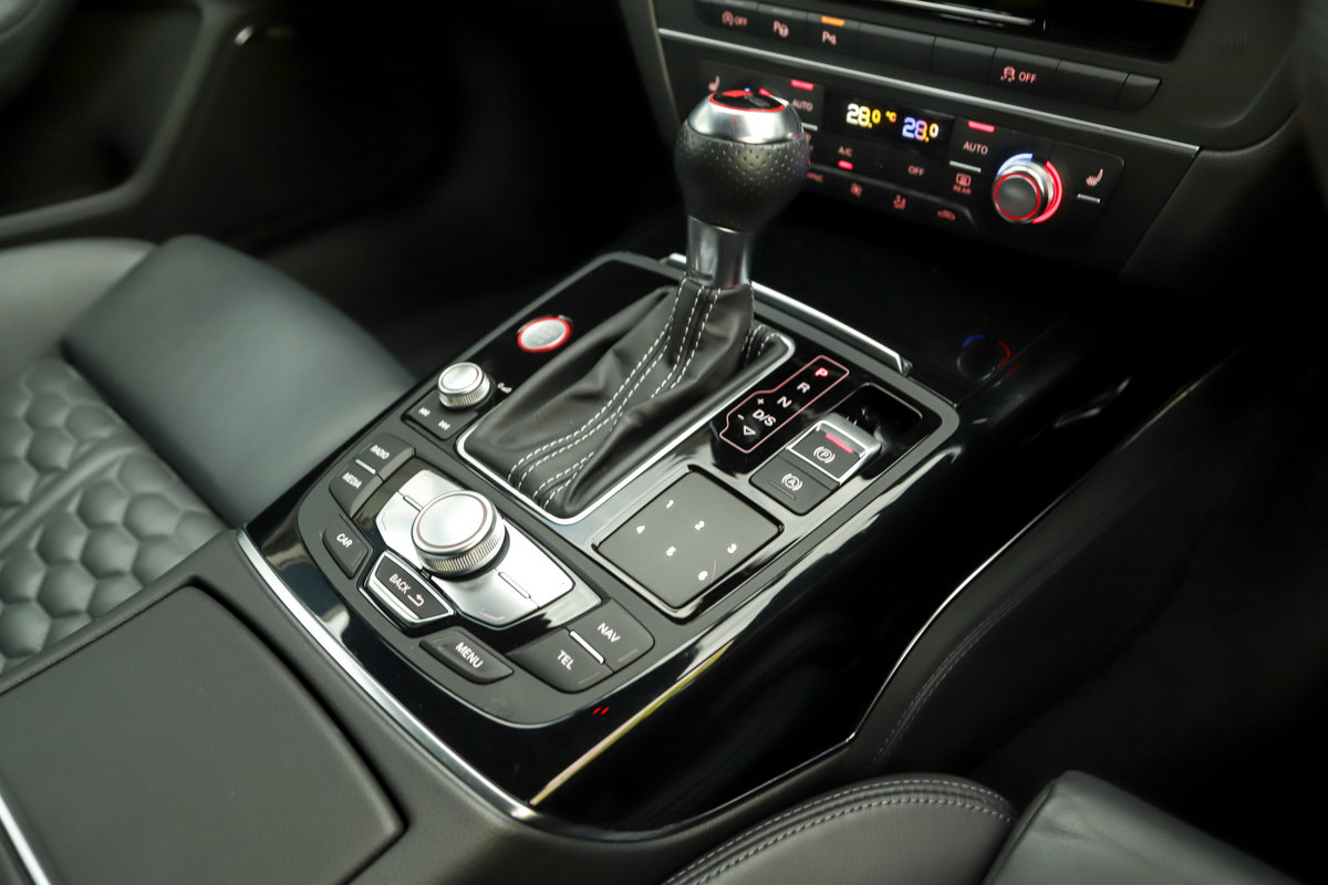 2017 Audi RS6 Performance - Ceramic Brakes & Dynamic Pack Plus For Sale (picture 22 of 25)