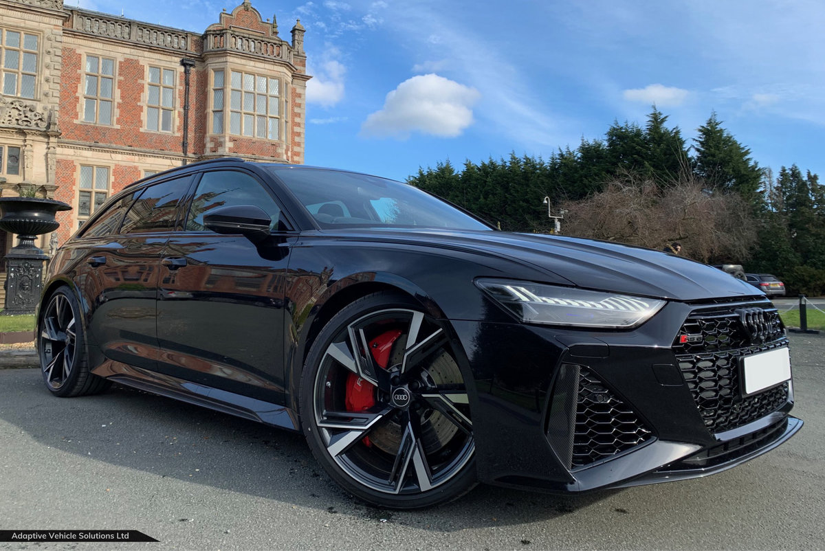 2021 Save £5000 Off - Audi RS6 Carbon Black - Big Spec For Sale (picture 1 of 7)