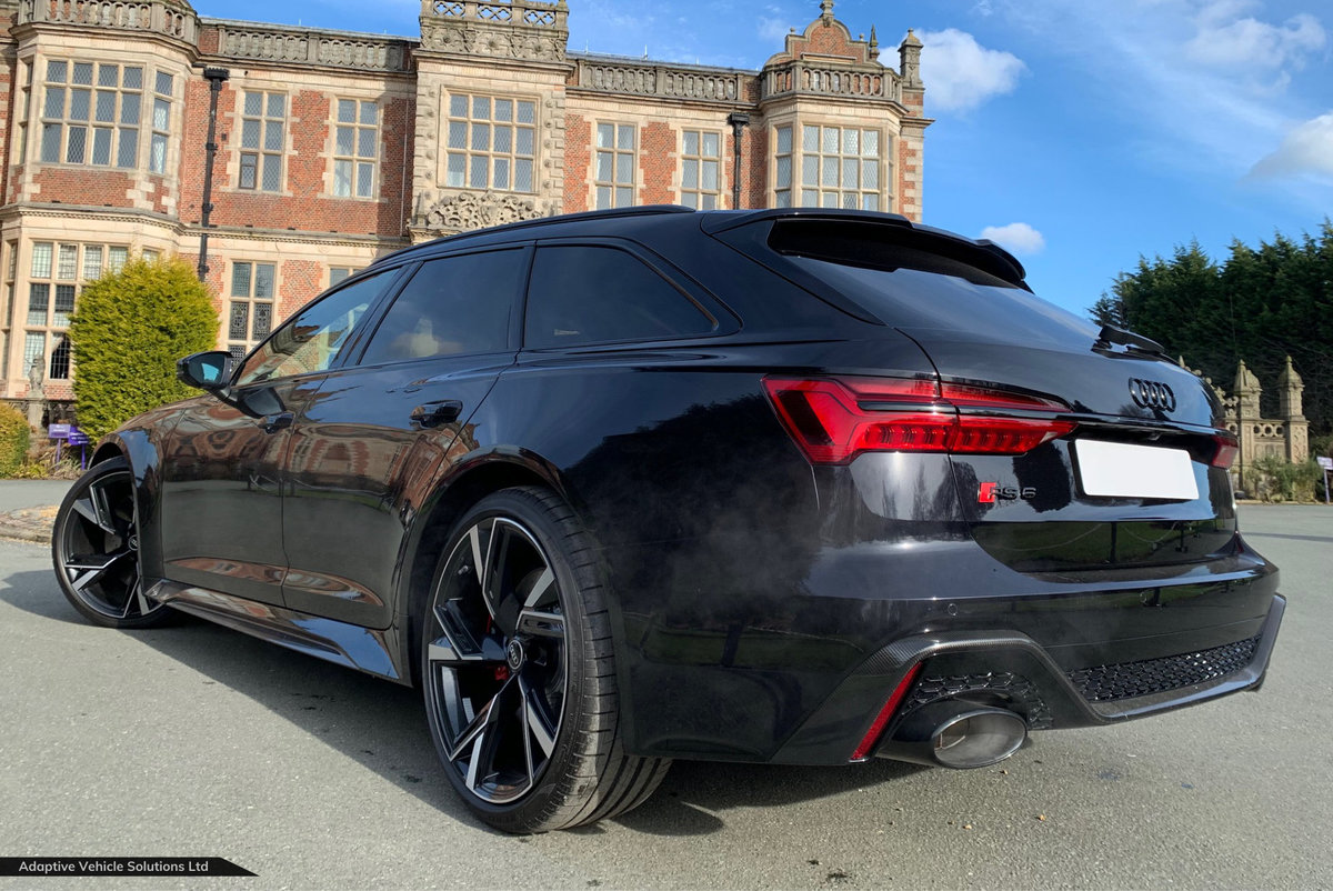 2021 Save £5000 Off - Audi RS6 Carbon Black - Big Spec For Sale (picture 2 of 7)
