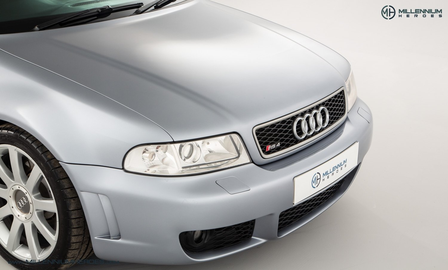 2001 AUDI B5 RS4 AVANT // 95K MILES // AVUS SILVER For Sale (picture 5 of 28)