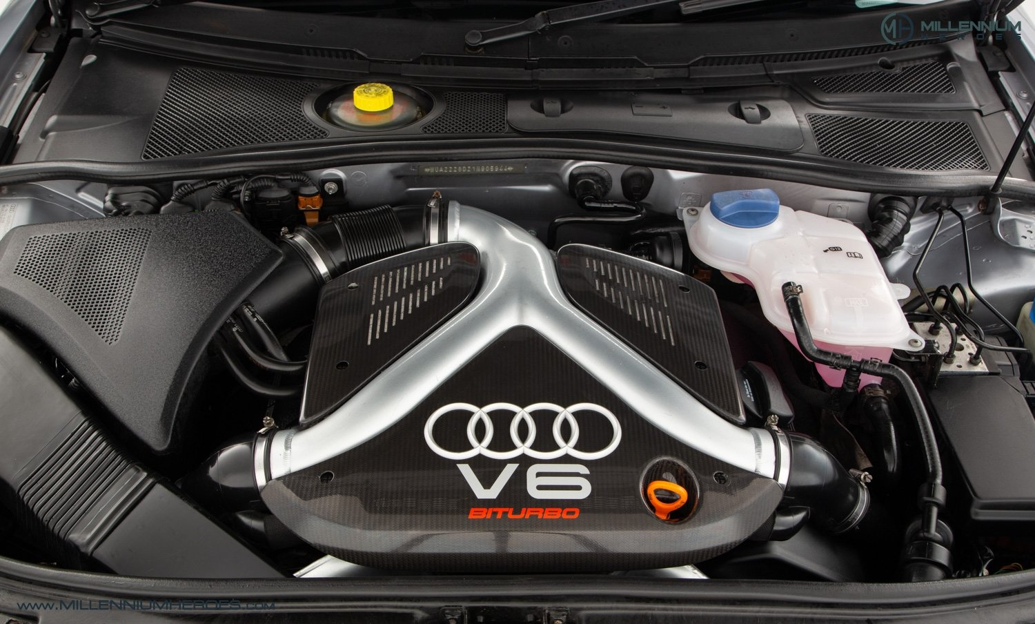 2001 AUDI B5 RS4 AVANT // 95K MILES // AVUS SILVER For Sale (picture 22 of 28)