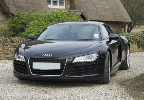 Audi R8 Hire in the UK For Hire (picture 1 of 2)