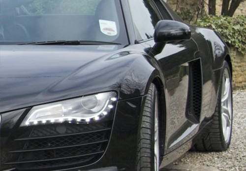 Audi R8 Hire in the UK For Hire (picture 2 of 2)