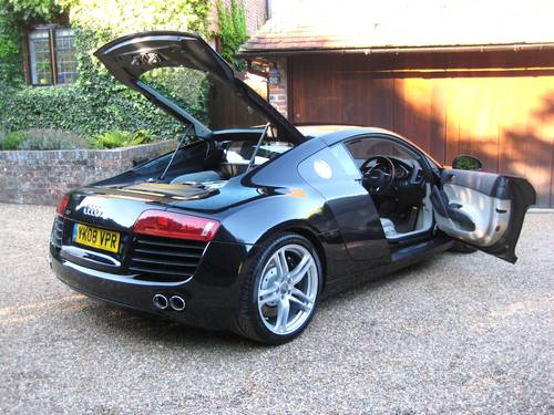 2008 Audi R8 Quattro 6 Speed Manual With Only 34,000 Miles For Sale (picture 5 of 6)