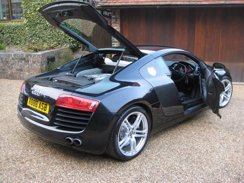 2008 Audi R8 Quattro With Only 27,000 Miles + £9k Of Options For Sale (picture 6 of 6)