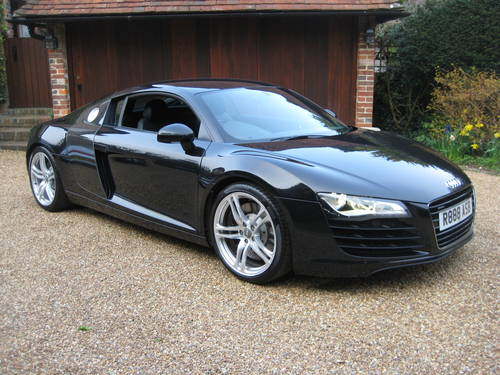 2008 Audi R8 Quattro With Only 27,000 Miles + £9k Of Options For Sale (picture 2 of 6)