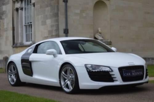 2011 Audi R8 4.2 FSI QUATTRO - 48,000 Miles SOLD (picture 1 of 6)