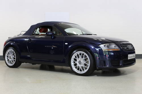 2005 A 'head turner' TT Roadster DSG  For Sale (picture 5 of 6)