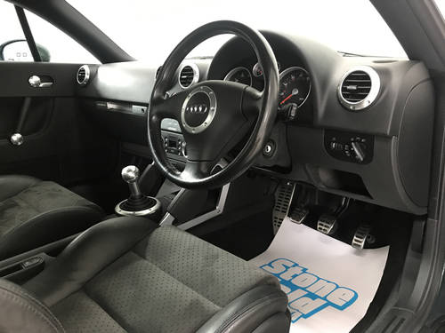 2002 Audi TT 225 Quattro 20,700 miles SOLD (picture 5 of 6)