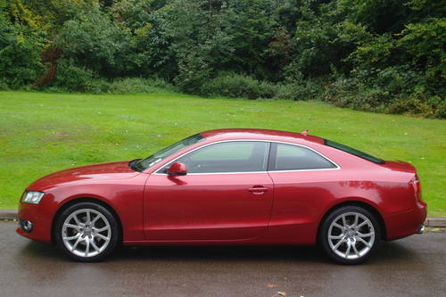 AUDI A5.. 2.0 TDi SPORT.. COUPE.. FSH.. LOVELY EXAMPLE SOLD (picture 1 of 6)