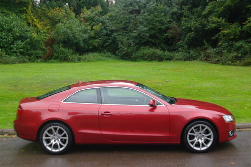 AUDI A5.. 2.0 TDi SPORT.. COUPE.. FSH.. LOVELY EXAMPLE SOLD (picture 5 of 6)