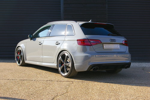 2015 Audi RS3 2.5 Sportback S-Tronic Quattro (40,012 miles)  SOLD (picture 3 of 6)