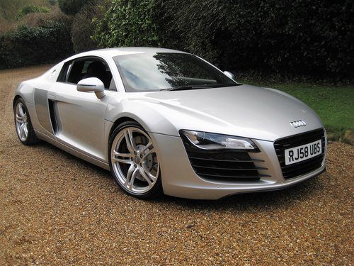 2008 Audi R8 Quattro With Only 30,000 Miles + R8 Luggage Set For Sale (picture 1 of 6)