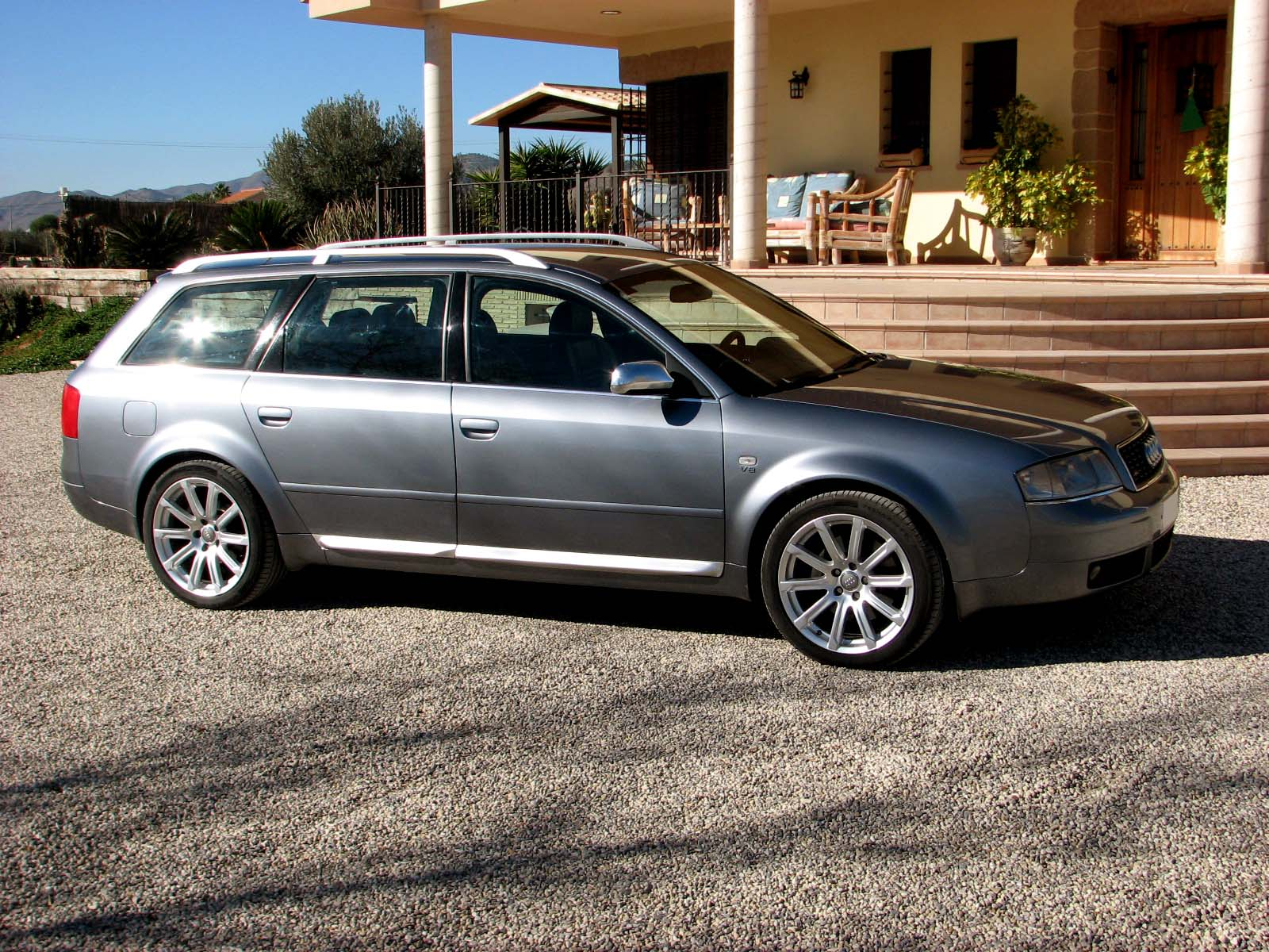 Picture of 2001 S6 Avant Quattro Sport-Navigation V8 340 BHP Manual