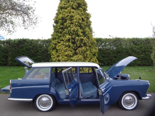 Austin A60 Cambridge Estate  SOLD (picture 1 of 6)
