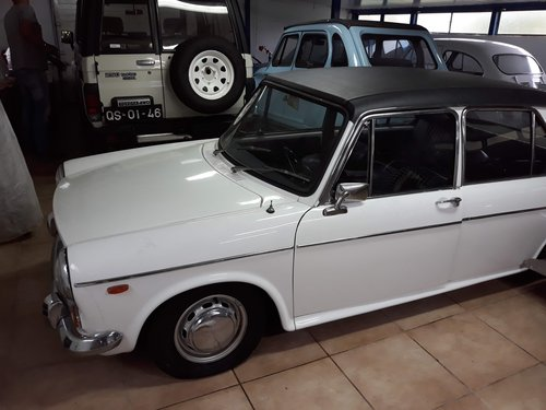 1970 Austin 1300 Super Deluxe Saloon Automatic For Sale (picture 1 of 6)