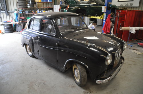 1954 AUSTIN A30 2 OWNERS SAME FAMILY WAS IN DAILY USE CHEAP CLASS SOLD (picture 2 of 6)