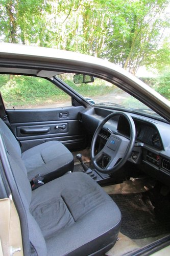 1982 Austin Ambassador 11,000 miles SOLD (picture 5 of 6)