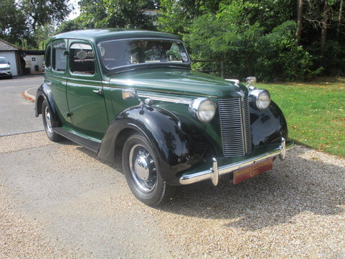 1948 Austin 16 Saloon (Card Payments Accepted & Delivery) SOLD (picture 1 of 6)