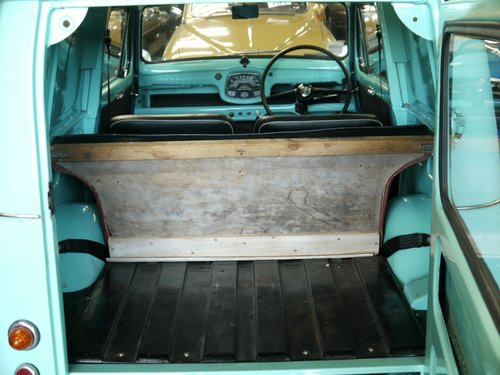 1968 Austin A35 Van - Wallace SOLD (picture 5 of 6)
