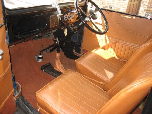 1933 Austin Seven Box Saloon SOLD (picture 2 of 3)