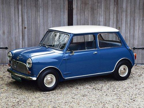 Austin Mini Mk1 Super De Luxe (1966) For Sale (picture 1 of 6)