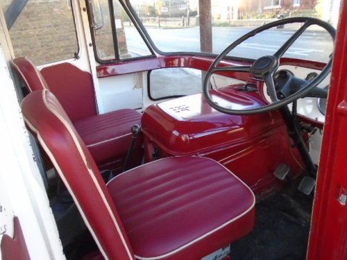 1963 Austin FGK 40 Dropside Lorry (thrupenny bit cab) For Sale (picture 4 of 6)