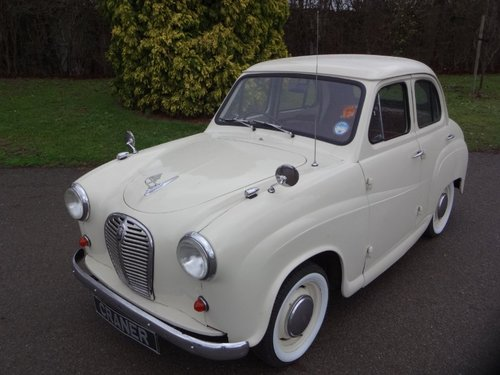1954 Austin A35 4  door saloon For Sale (picture 1 of 6)