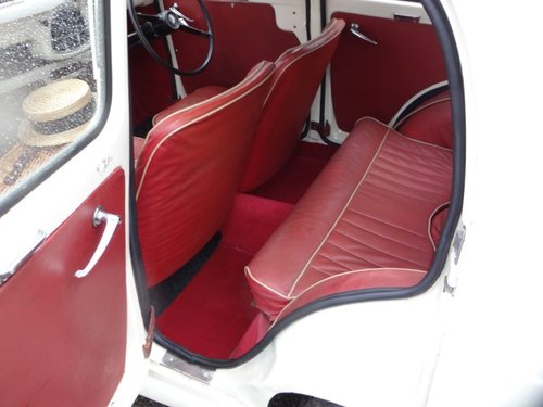 1954 Austin A35 4  door saloon For Sale (picture 2 of 6)
