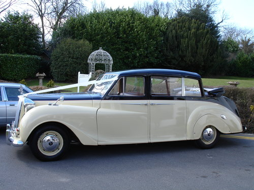 1960 Vanden Plas Landulette Limousine SOLD (picture 1 of 5)