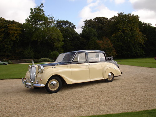 1960 Vanden Plas Landulette Limousine SOLD (picture 2 of 5)