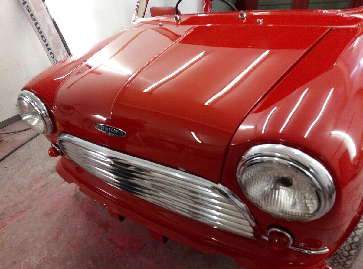 1966 AUSTIN MINI COOPER MK1   FULLY RESTORED  For Sale (picture 5 of 6)