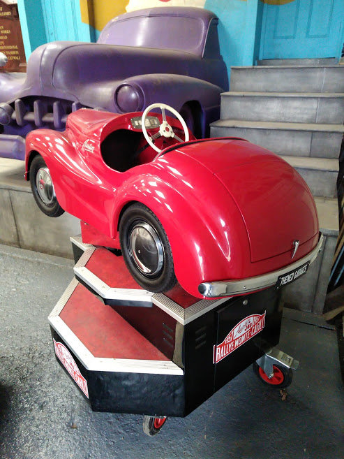 AUSTIN J40 PERIOD FAIRGROUND RIDE USED AT GOODWOOD REVIVAL For Sale (picture 4 of 6)