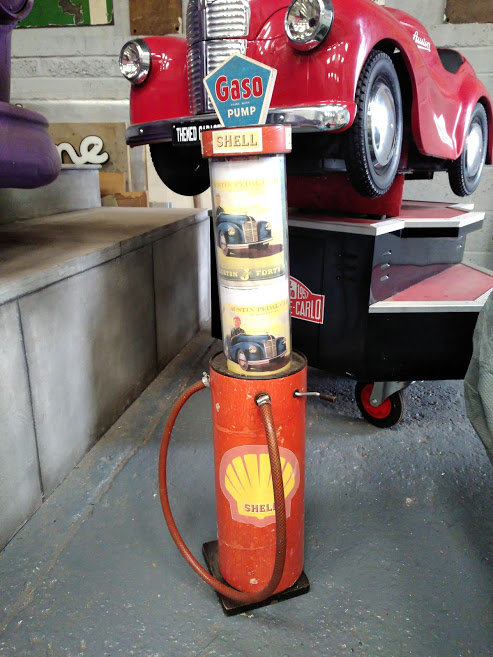 AUSTIN J40 PERIOD FAIRGROUND RIDE USED AT GOODWOOD REVIVAL For Sale (picture 6 of 6)