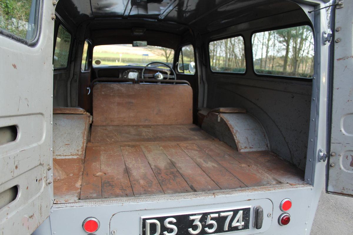 1955 Austin A40 Devon Passenger Van - Unrepeatable find SOLD (picture 7 of 12)