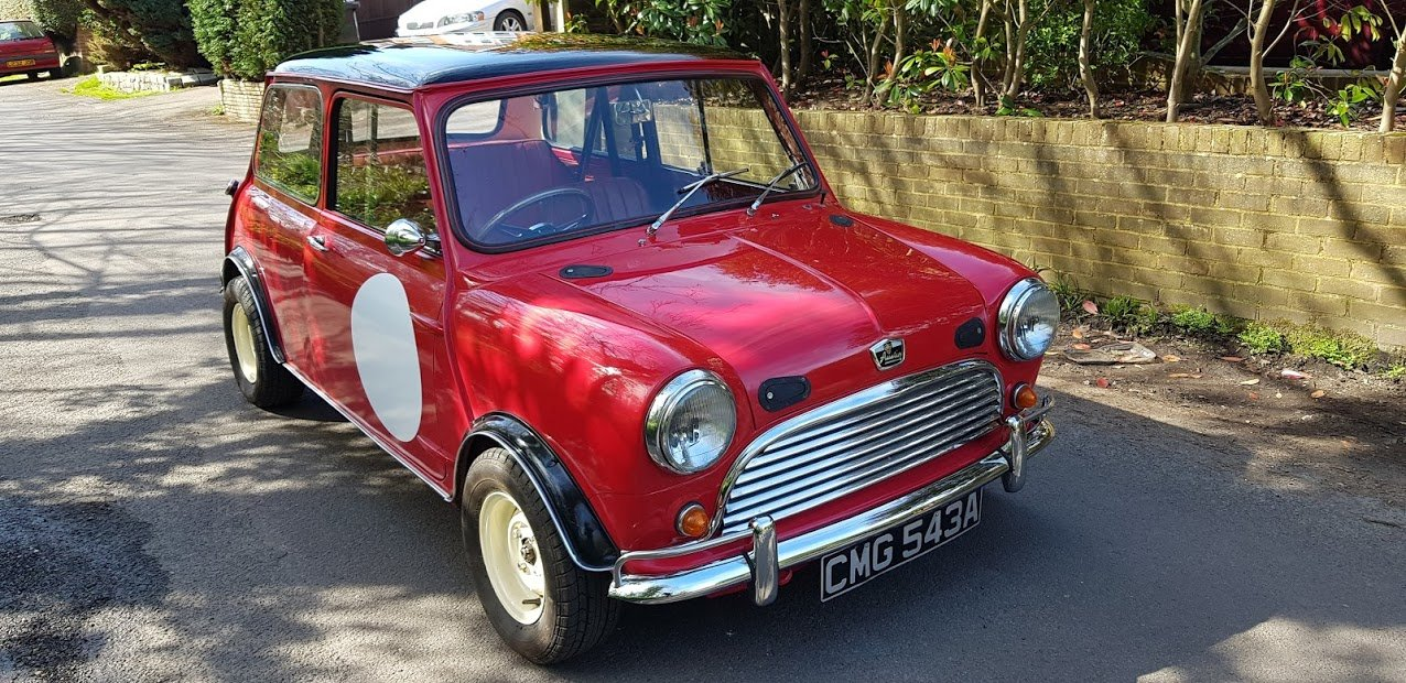 1963 Mk1 Austin Mini 850 Deluxe Tartan Red SOLD (picture 3 of 6)