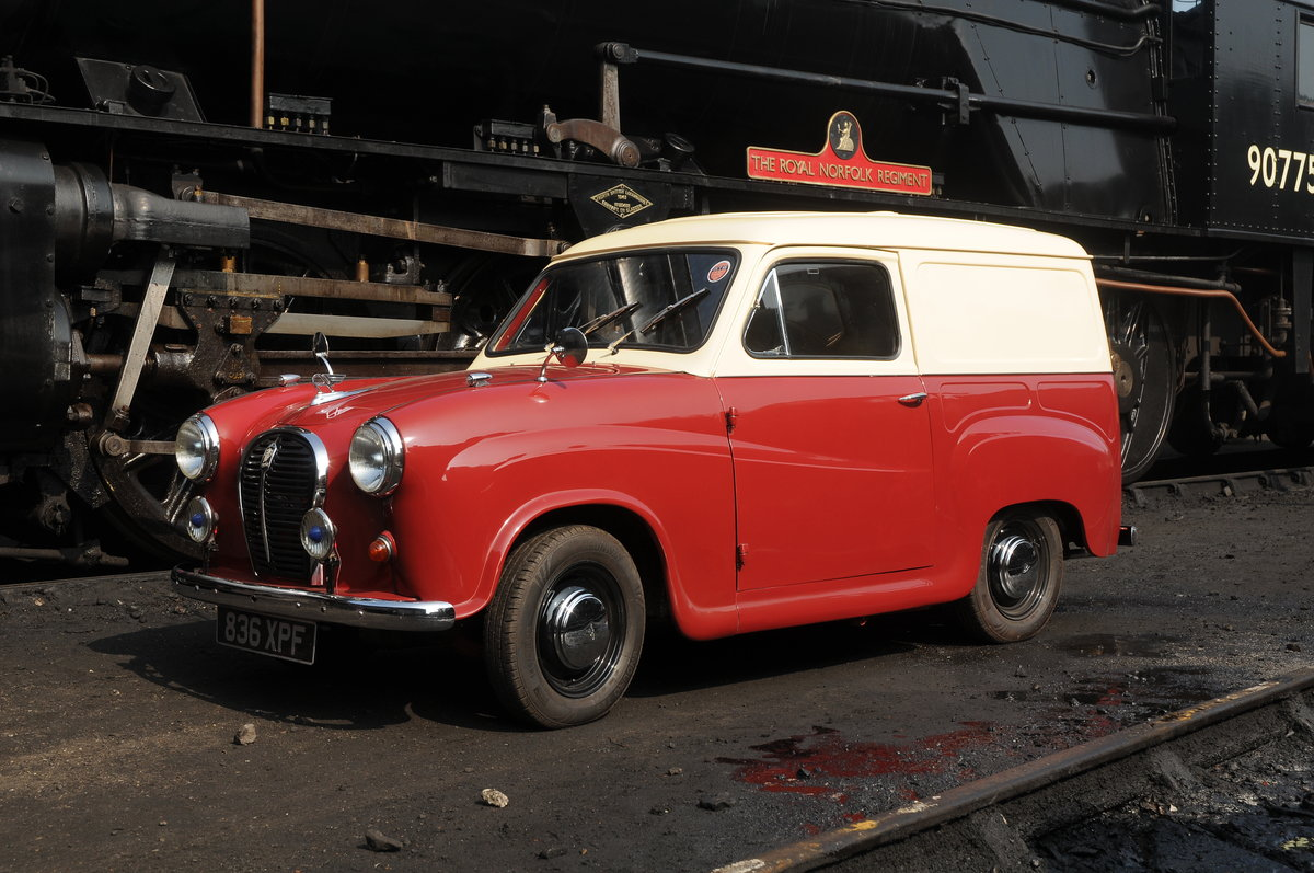 Austin A35 Van (1962) Fully Restored For Sale (picture 2 of 6)
