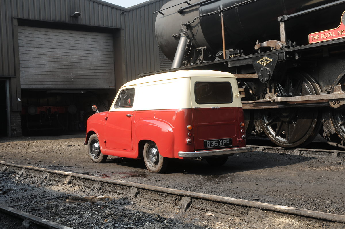 Austin A35 Van (1962) Fully Restored For Sale (picture 3 of 6)