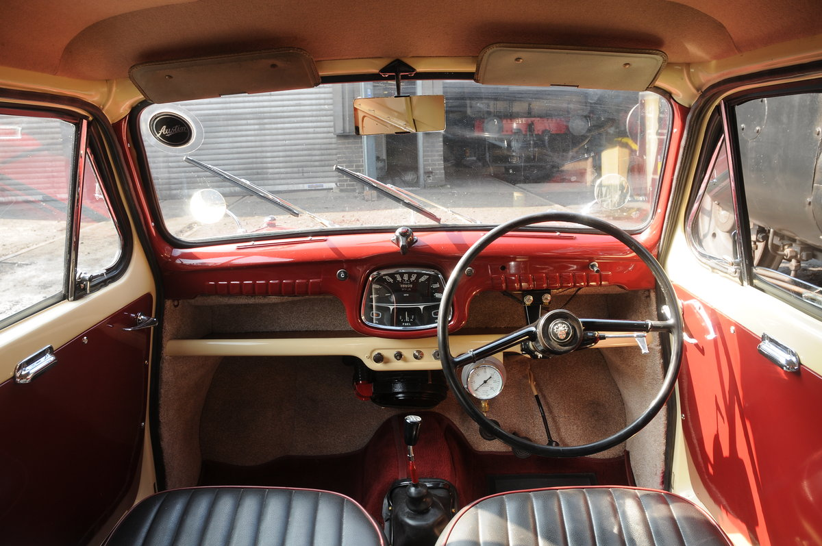 Austin A35 Van (1962) Fully Restored For Sale (picture 4 of 6)