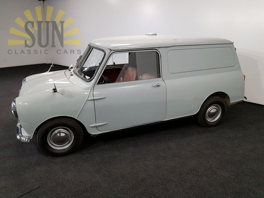1961 Austin Mini Van LHD, very good unrestored condition For Sale (picture 2 of 6)