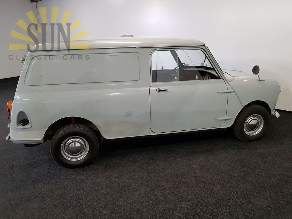 1961 Austin Mini Van LHD, very good unrestored condition For Sale (picture 3 of 6)