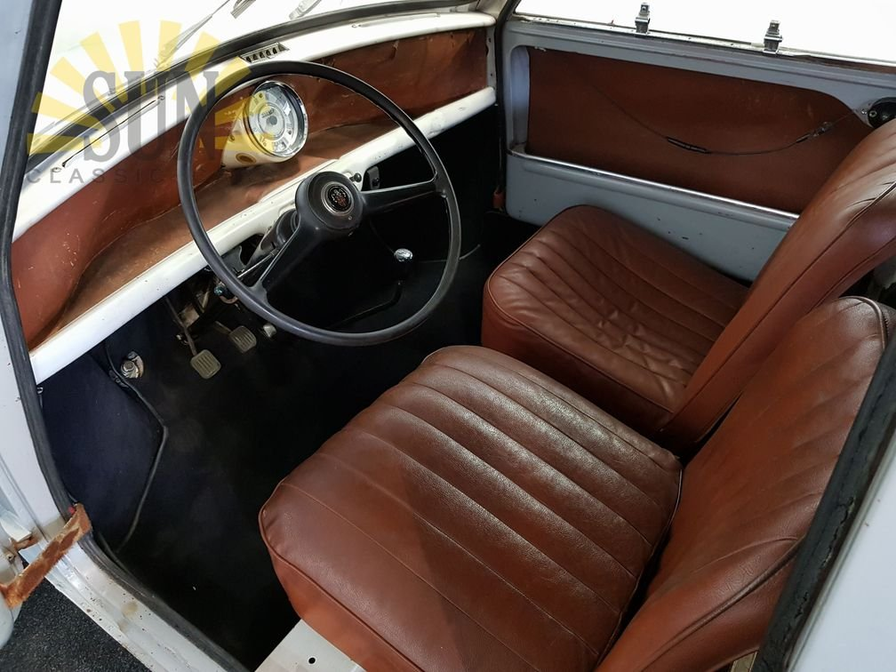 1961 Austin Mini Van LHD, very good unrestored condition For Sale (picture 4 of 6)