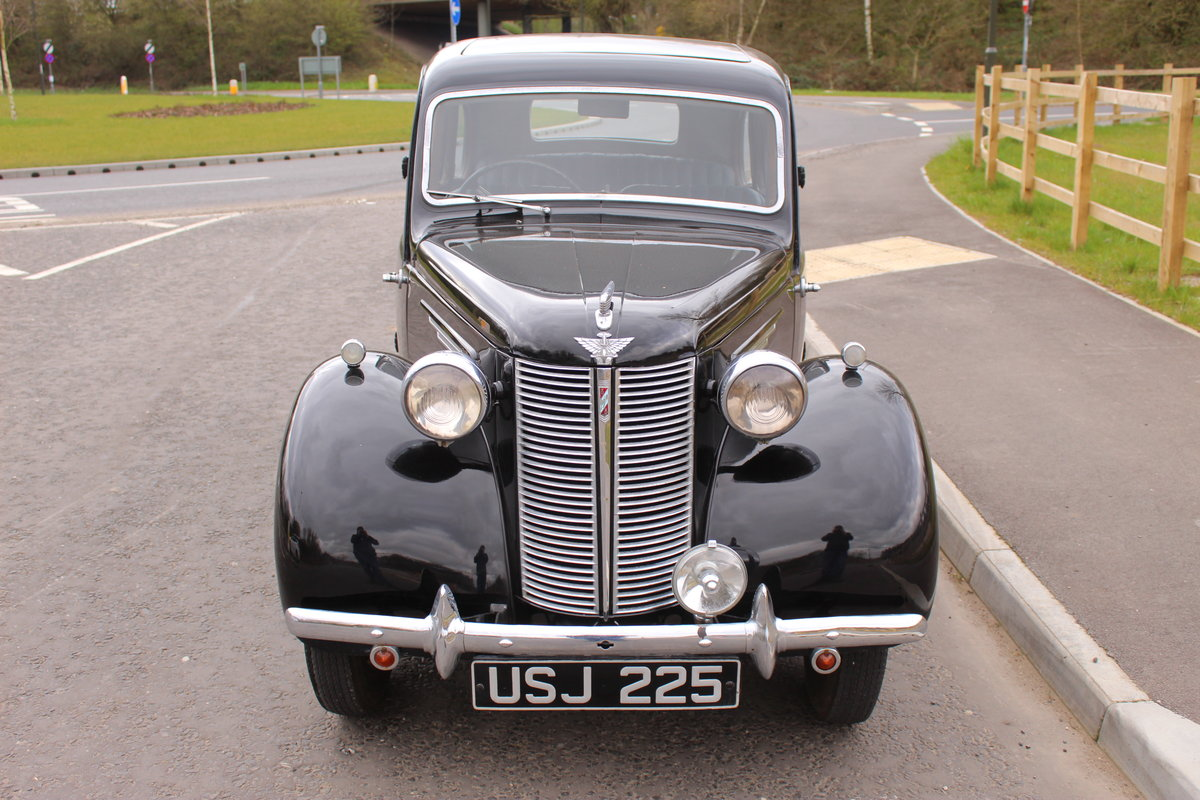 1946 Austin 8  AR Saloon with Sliding Sunshine Roof SOLD (picture 2 of 6)